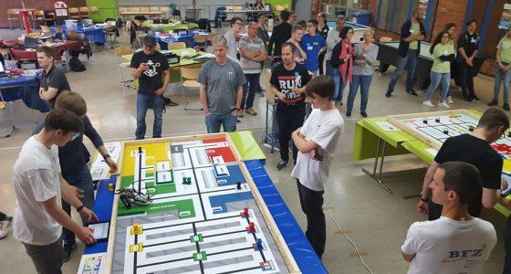 Erfolgreiche Austragung der World Robot Olympiad im BFZ und der Georg-Schlesinger Schule